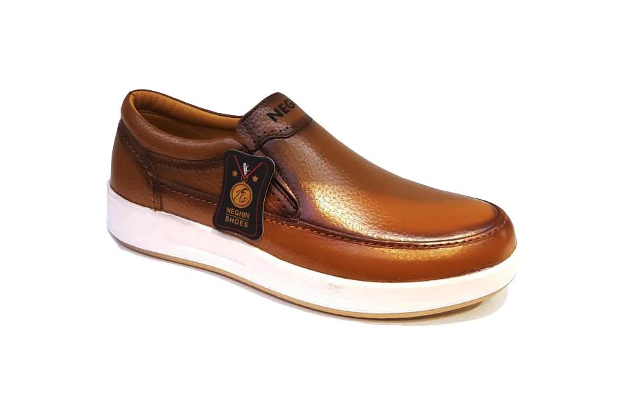 کفش کتونی مردانه چرم طبیعی  تبریز کد 361