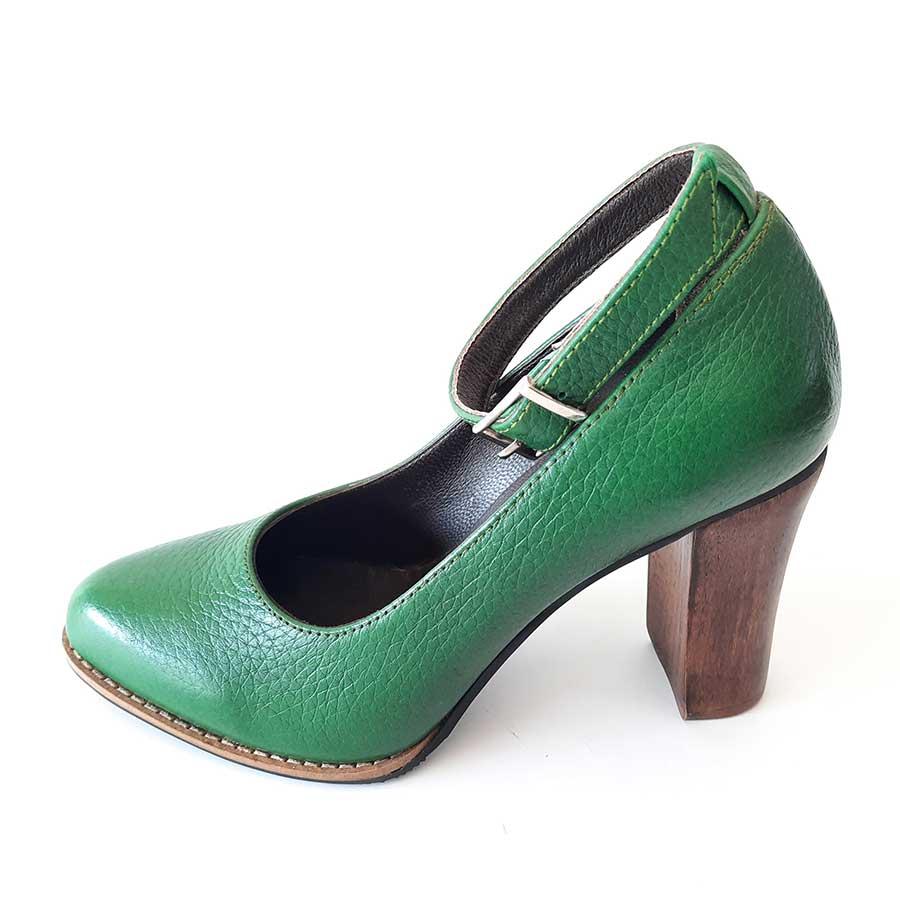 کفش زنانه  چرم طبیعی دست دوز تبریز کد 702