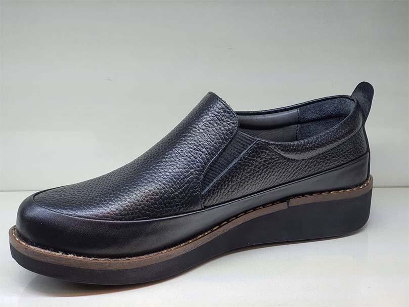 کفش زنانه طبی چرم طبیعی دست دوز تبریز کد 034
